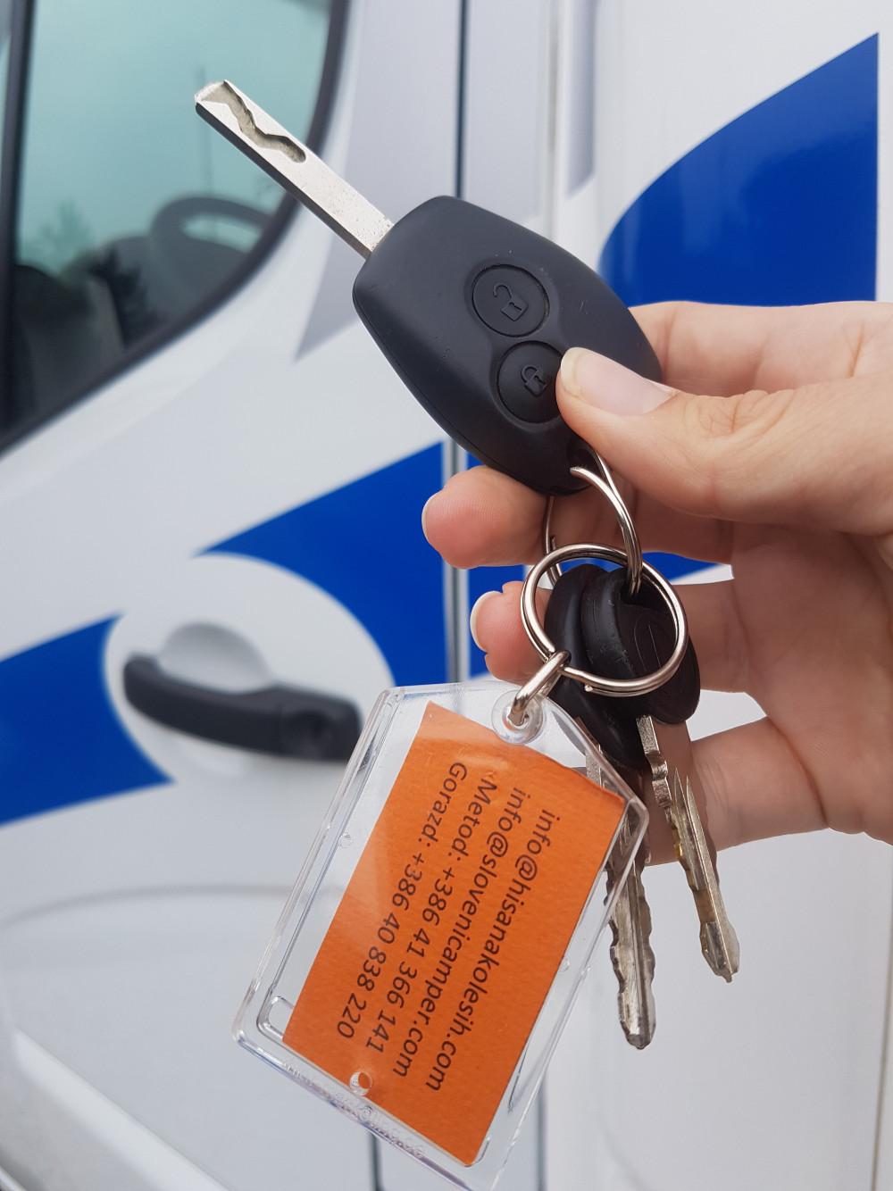 </span>Na recepciji pokažite privjesak ključa našeg vozila.
